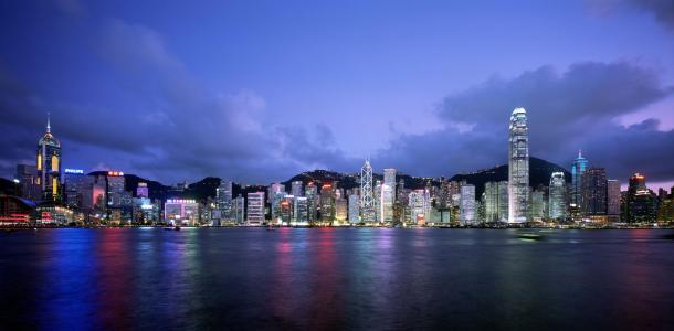 香港连续两个季度跌幅,技术是否已步入衰退?