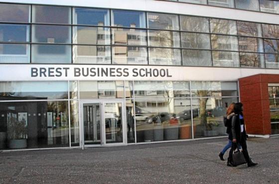 法国布雷斯特商学院资产管理与金融专业硕士值得报读吗?