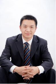 企业第二曲线战略升级转型实战系统创始人——刘长