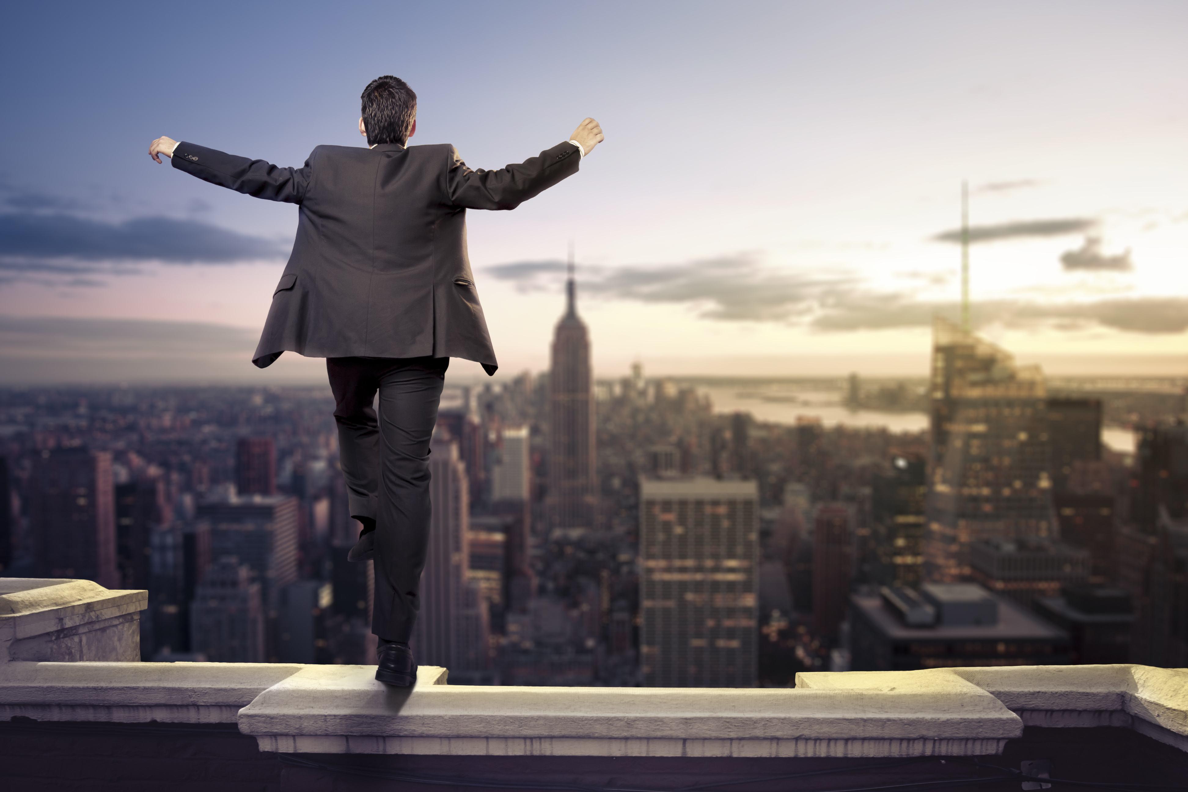 高管培训:管理力与领导力二者有什么不同?