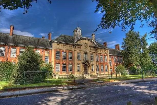 英国北安普顿大学高级工商管理(EMBA)硕士学位项目